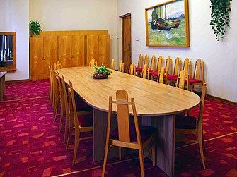 Комната деловых встреч